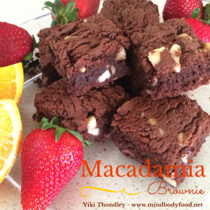 Macadamia Chocolate Brownie [Recipe]